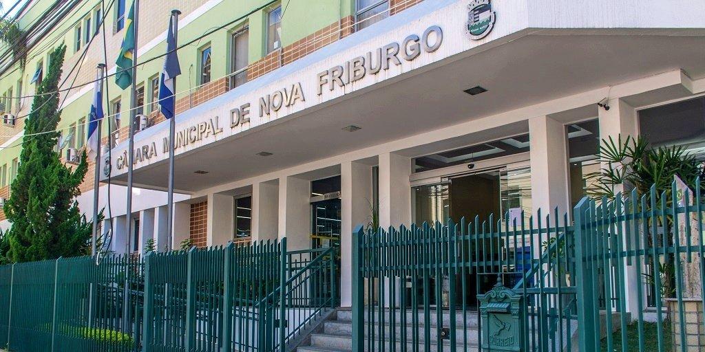 Friburgo: Projeto de lei pretende cortar verba da Câmara para aplicar na saúde e educação