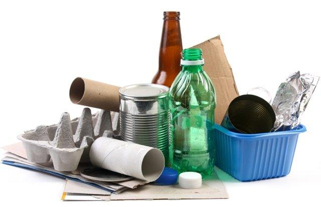 Ecoenel: troca de materiais recicláveis gera descontos na conta de luz
