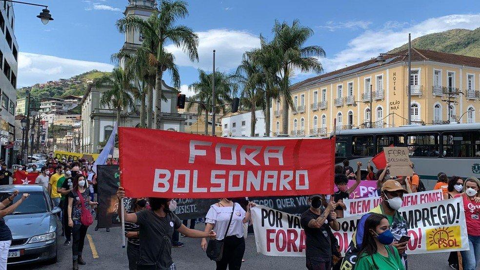 Governo Bolsonaro é alvo de manifestações em Petrópolis e Nova Friburgo