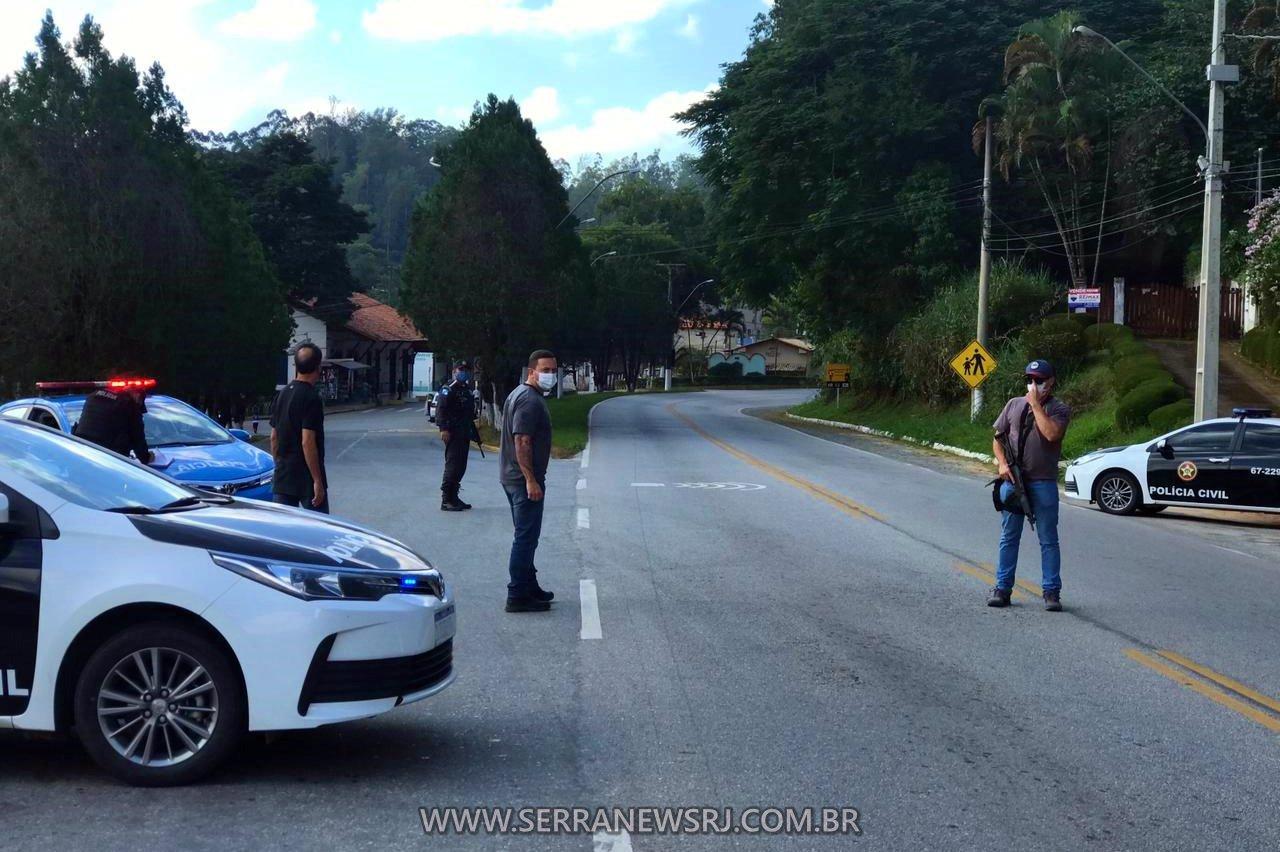 Forças policiais de Duas Barras no combate à criminalidade