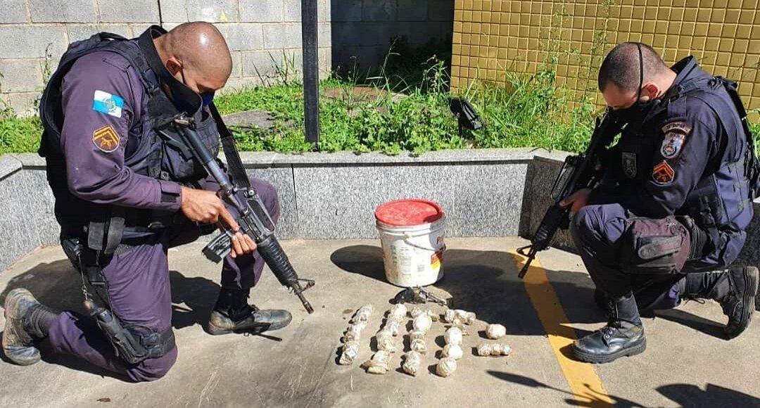 Friburgo: Bando foge da PM e deixa arma e farta munição para trás em Amparo