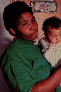 Márcia Oliveira, irmã dos irmãos necrófilos. Acervo Revista Manchete, BN.