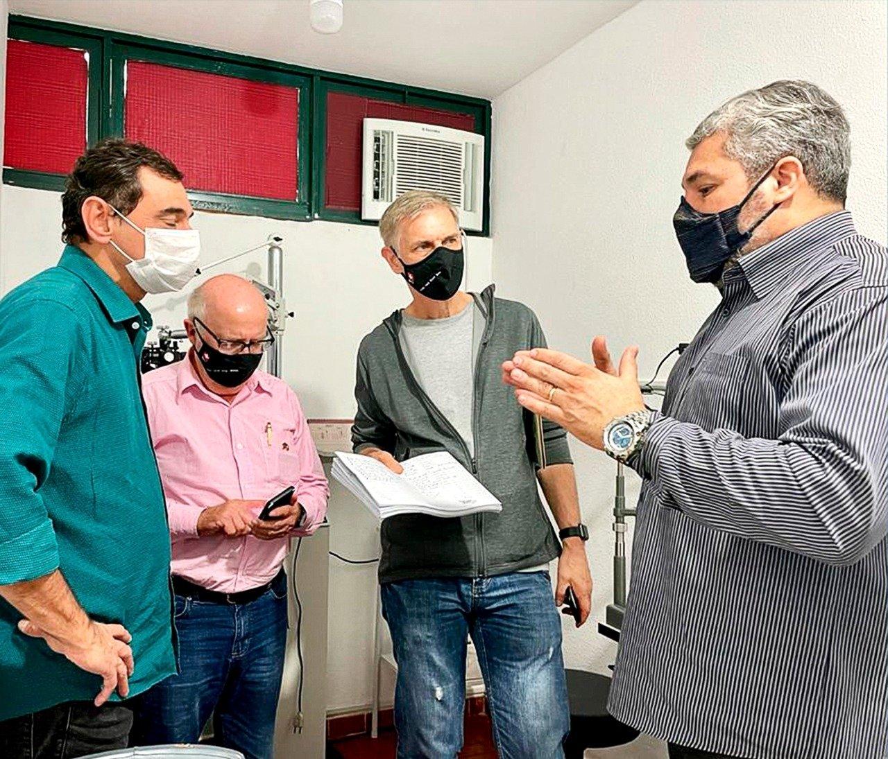 Cônsul-geral da Suíça visita Monnerat, distrito de Duas Barras