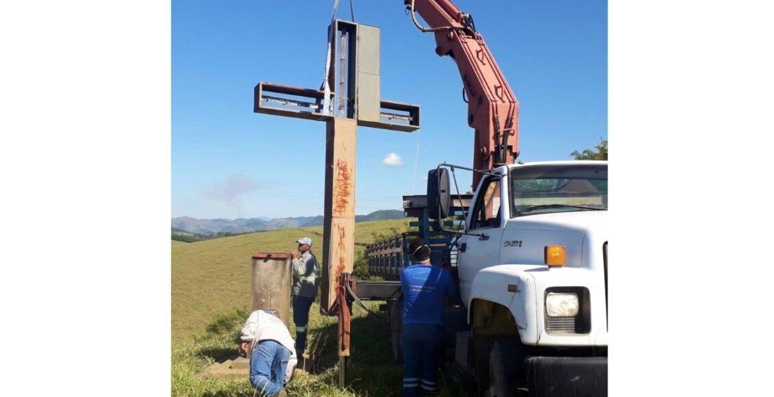 Cruzeiro de Macuco recebe reparos em sua estrutura