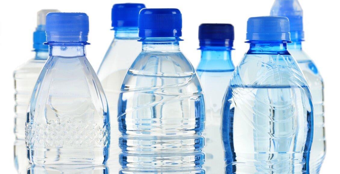 Vigilância Sanitária apreende garrafas de água imprópria para consumo em Friburgo