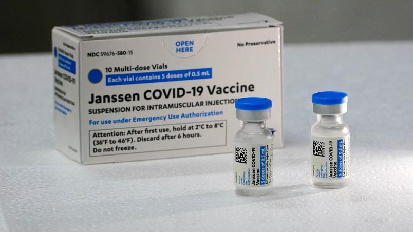 Moradores do interior do Rio começam a receber dose única da vacina Janssen