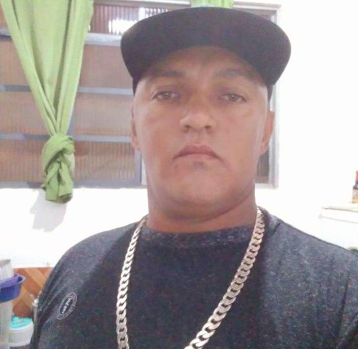 Homem é assassinado a tiros no centro de Euclidelândia, em Cantagalo