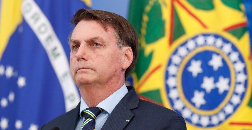 Bolsonaro prorroga auxílio emergencial por mais três meses, até outubro