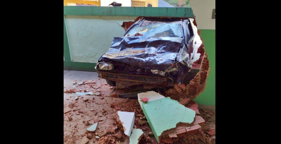 Petrópolis: Carro desgovernado atinge muro de escola no Madame Machado