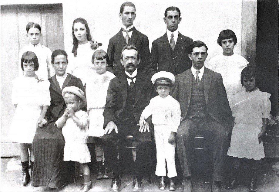 Cel João Henrique Monnerat e família. Acervo Marcello Monnerat