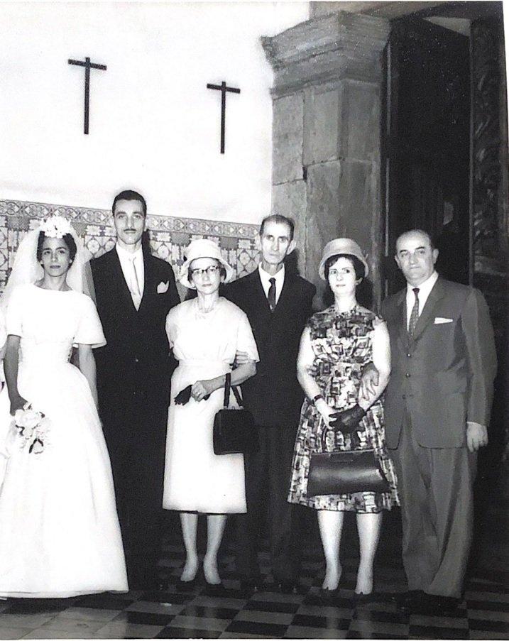 O casal Carlos Catulino e Adelaide ao centro. Acervo Marcello Monnerat