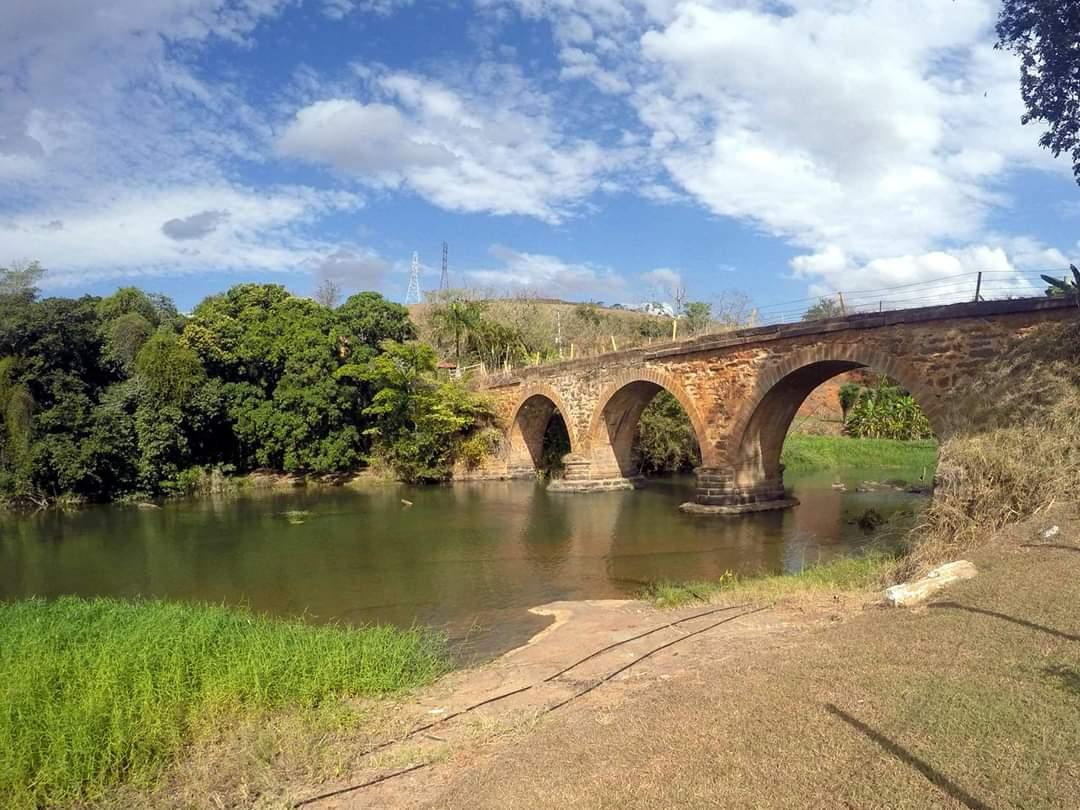 Ponte sobre o Rio Paquequer, região de renhida batalha. Acervo Márcio Gonçalves