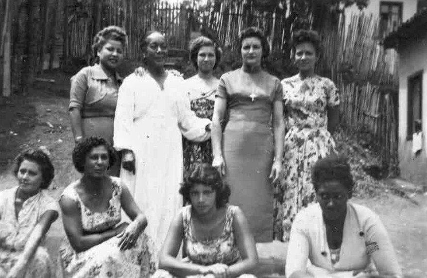 As moças-damas do Beco da Sofia. Acervo Wilma Villaça