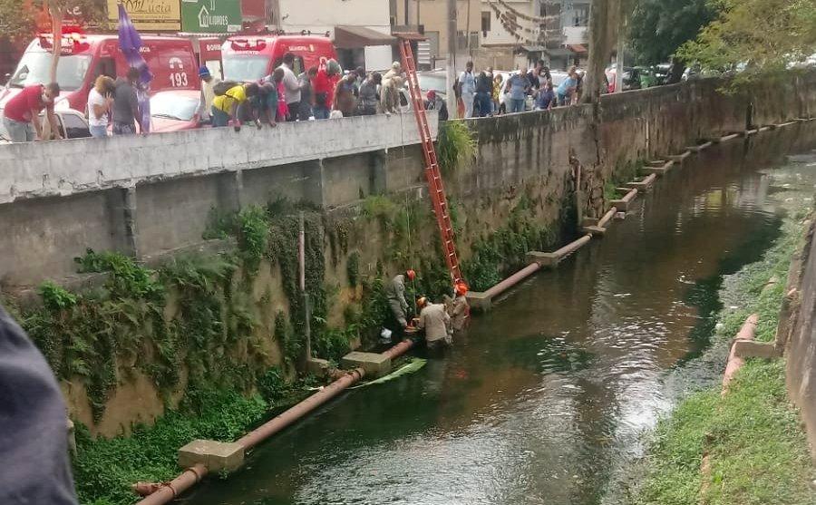 Homem cai de altura de 4 metros no Rio Santo Antônio, em Nova Friburgo