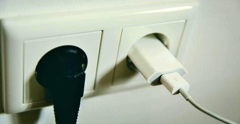 Pico de energia: como pedir reembolso ou conserto de aparelho queimado